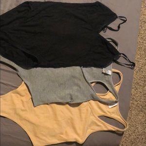 3 Basic cotton bodysuits